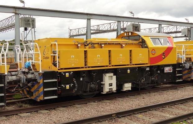 CB40 Battery Locomotive